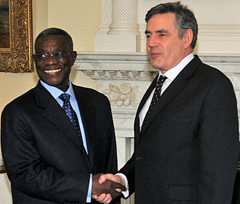 The President of Ghana, John Atta Mills, with the Prime Minister of Great Britain, Gordon Brown