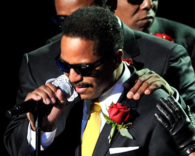 Marlon Jackson Mourning His Brother