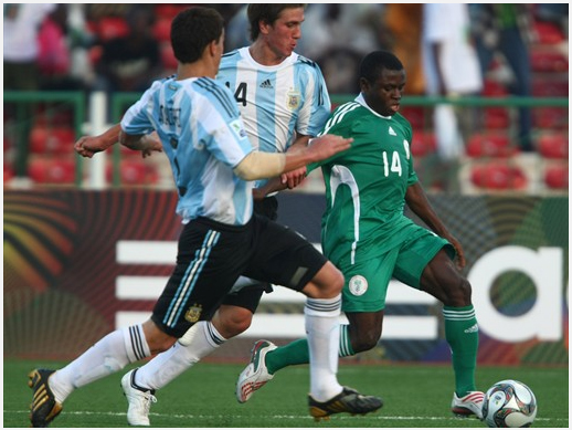 Sani Emmanuel Playing For The Golden Eaglets