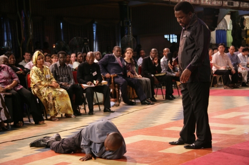 TB Joshua Prays For Jude