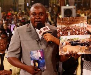 Mr Pena Alume sharing his faith lifting testimony.