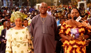 The Nwalunor family glorifying God for their healing.