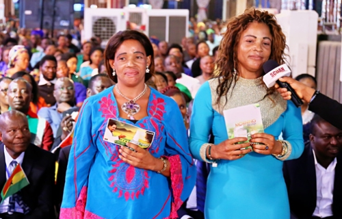 TWINS - BLESSING AND FRANCA ISABU {MORNING WATER DELIVERANCE} (1)