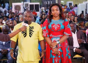 mr-livinus-ifeanyi-wife